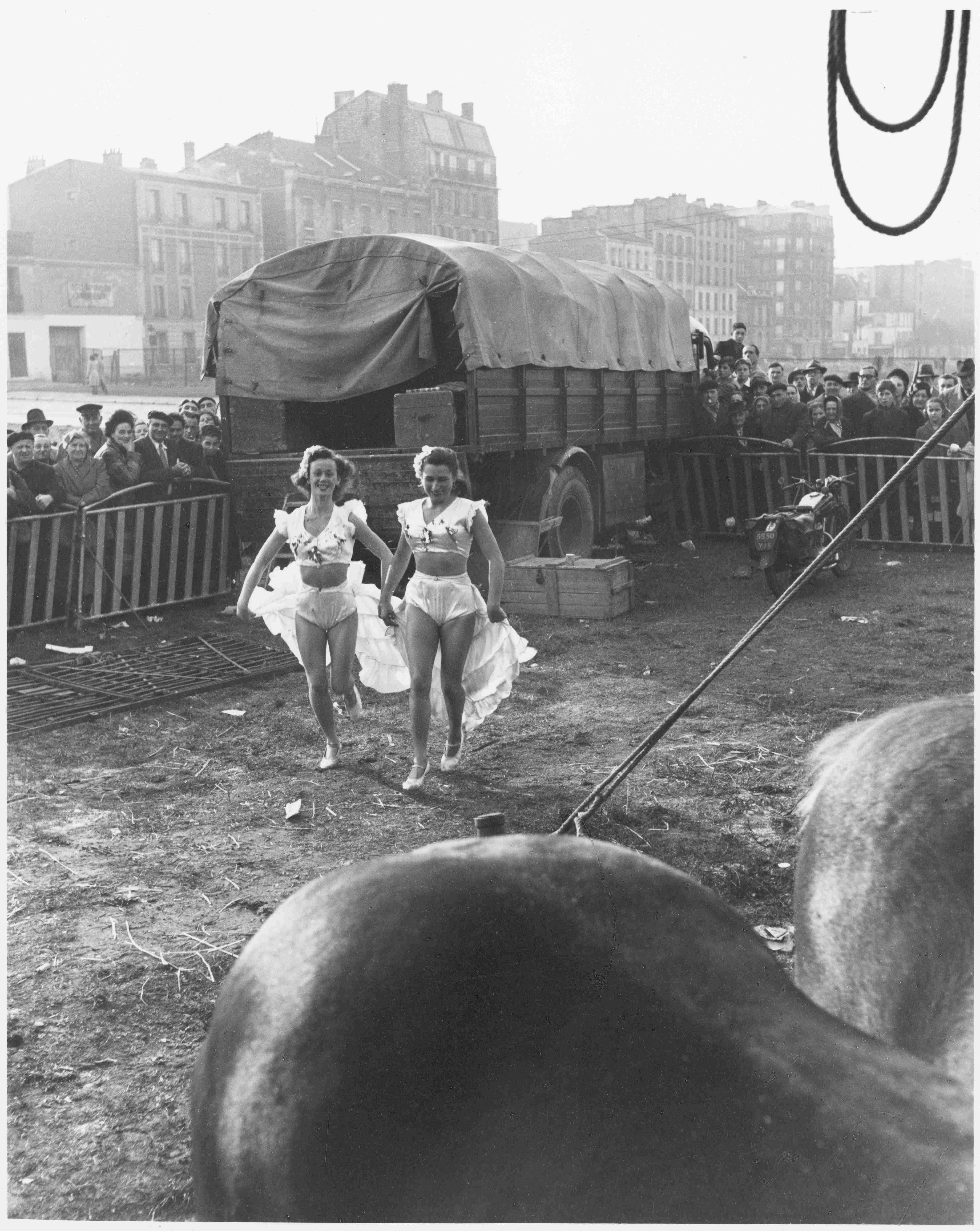 Willy Ronis Le Zoo Circus dAchille Zavatta Paris 1949